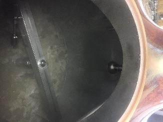醸造タンクの内部