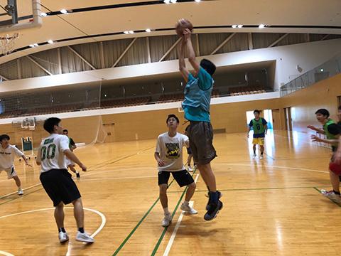2019_basketball_01.jpg
